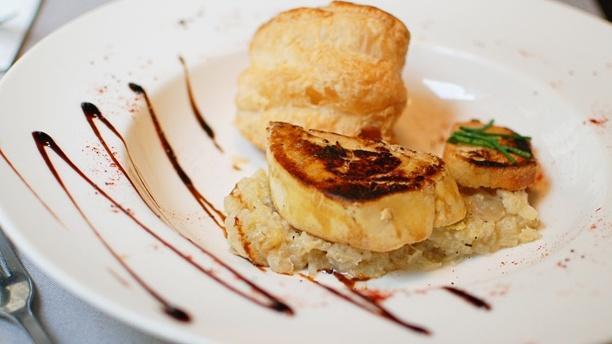 Bistrot du Croissant Foie gras pôelé, compotée de fenouil  et son feuilleté