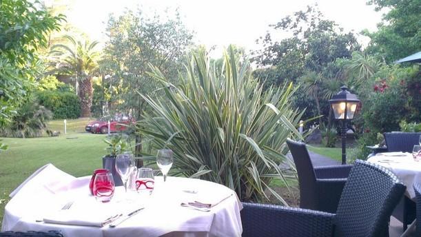 Le Bois Doré Restaurant
