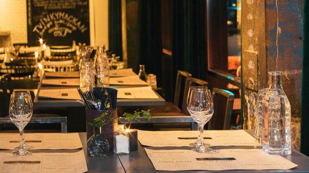 Tvinky Restaurant