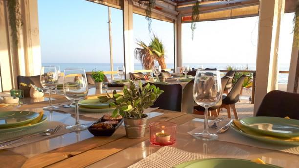 Aroeira Beach Bar Sala