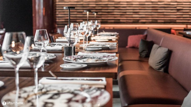 Salle manger des bains in paris restaurant reviews for Table 52 gaborone menu