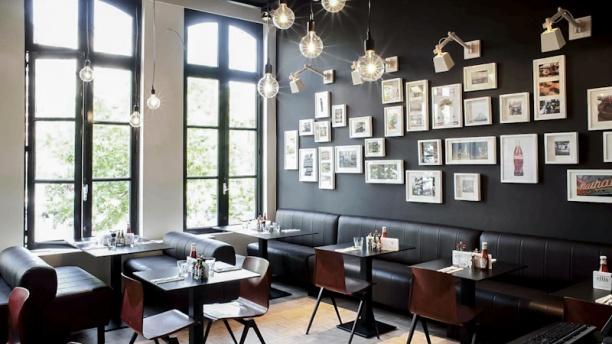 Ellis Cafe