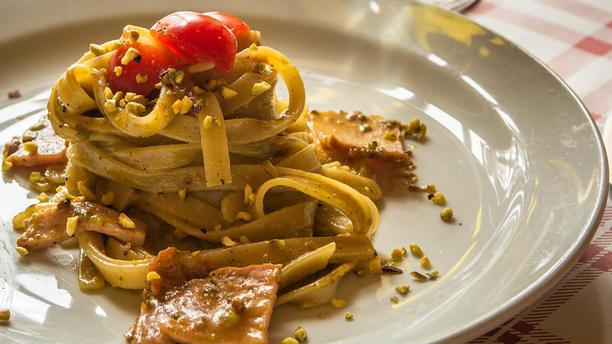 Piccolo Rifugio Pasta alla Pistacchiosa con originale Pistacchio di Bronte.