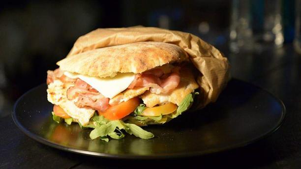 Clover #eatdrinkenjoy Piatto