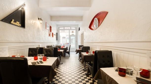 Le Rouge et le Noir Salon du restaurant