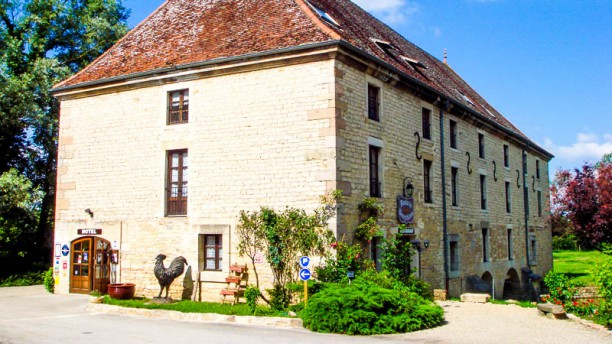 Le Moulin de Bourgchâteau Façade