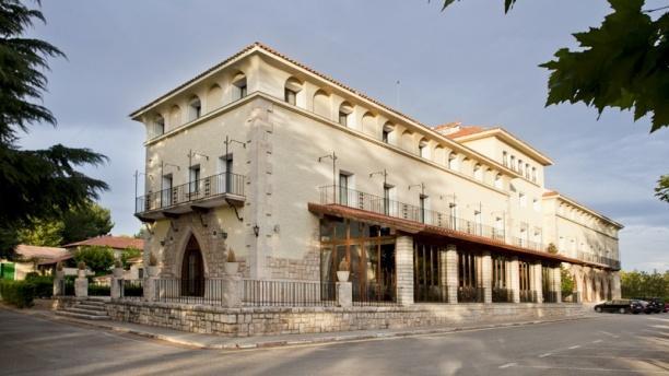 Marmitia - Parador de Teruel Vista fachada