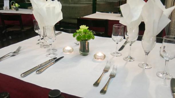Drizia  Miremont Table dressée
