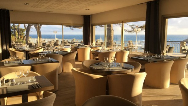 La Villa Madrigal Salle du restaurant