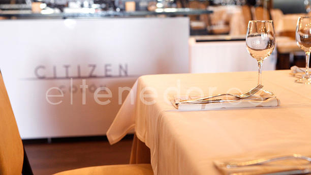 Citizen Plaza Detalles