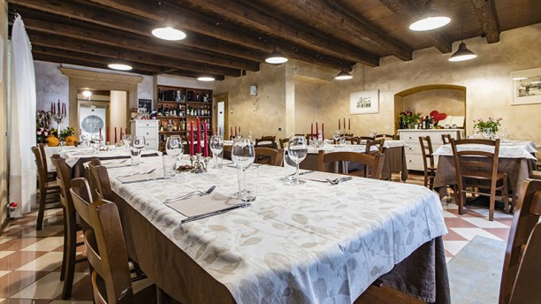 3010af3d9a5a Hosteria 17 in Verona - Restaurant Reviews