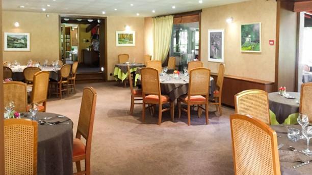 Restaurant d'Hotel Le Pavillon Vue de la salle