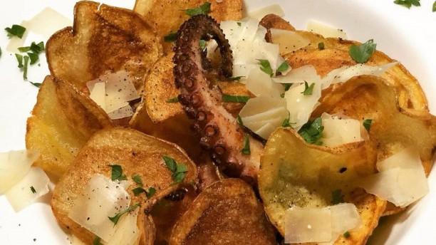 Club & Restaurant Neptunus Piatto