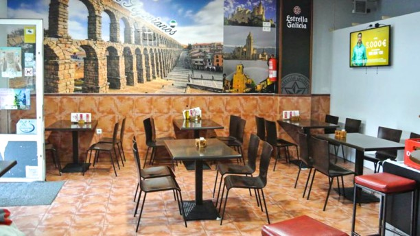 Bar los Segovianos Sala del restaurante