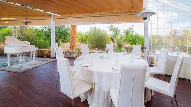 Moli d'en Sopa mesa terraza piano