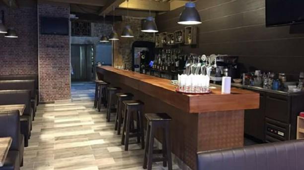 Le Saint James Café Salle du restaurant