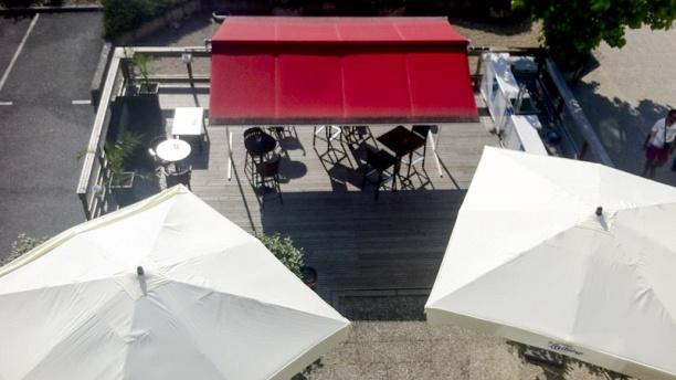 Eldorado - Fast Hôtel Profitez de notre terrasse
