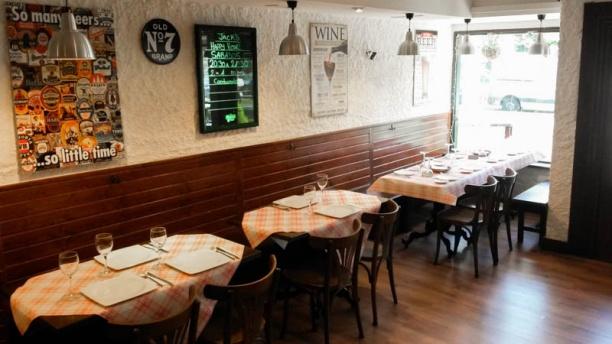 Jack's Tavern Vista sala