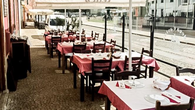 Adega Gavina ristorante carne alla griglia a Vila do Conde in Portogallo