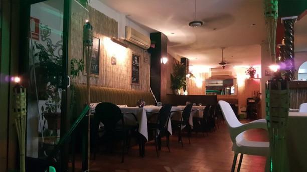 Hula's Tiki Lounge Vista Sala