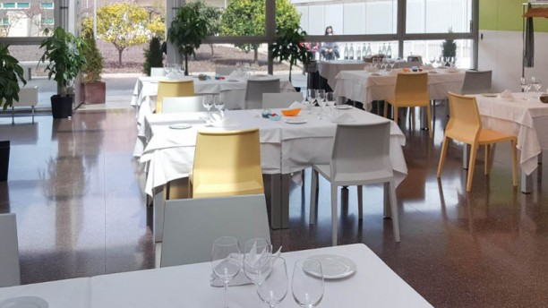 Ins Escola Dhoteleria I Turisme De Barcelona Restaurant Menú Del