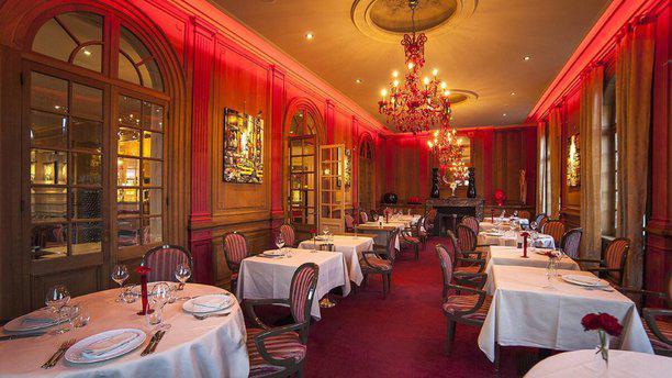 Restaurant Le Cercle - Hotel La Maison Rouge salle