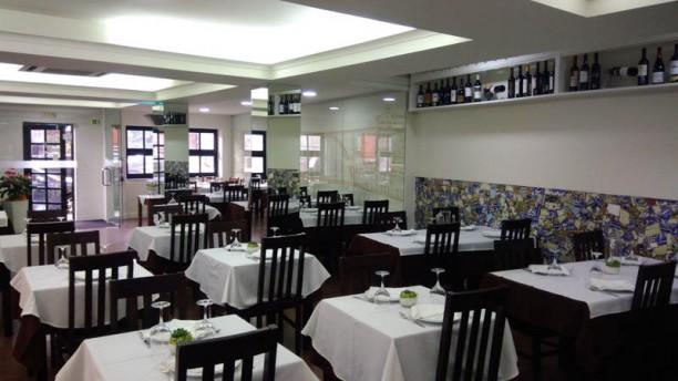 Restaurante O Alfaiate Vista do interior