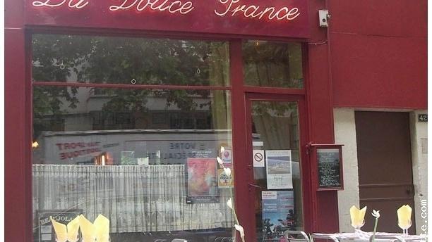 La Douce France La devanture