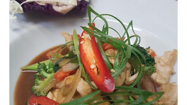 Pinto's Mama Thai Cuisine Pinto's Mama Thai Cuisine