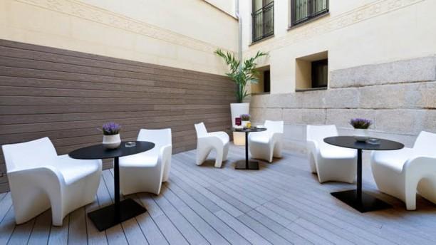 Hotel Catalonia Las Cortes Vista terraza