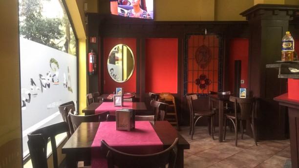 La Tushpa Sala del restaurante