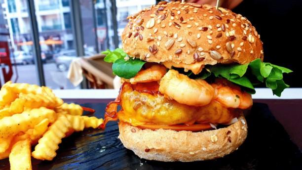 Ed's - Paixão pela Comida Surf N´Turf Burger