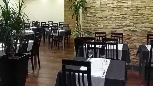 7 Francesinhas sala do restaurante