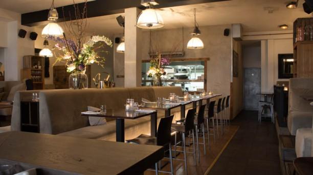 Oker in den haag menu openingstijden prijzen adres for Den haag restaurant