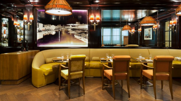 Ritz Bar Vue de la salle