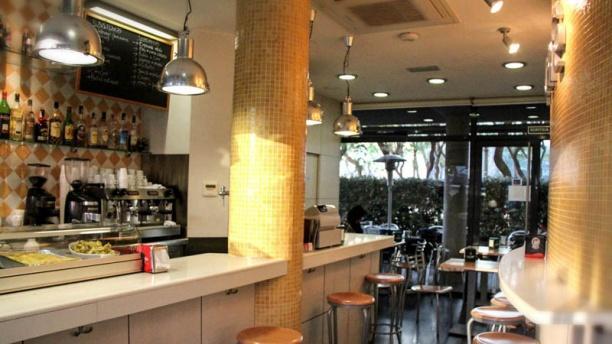 Oli+Café Vista Sala