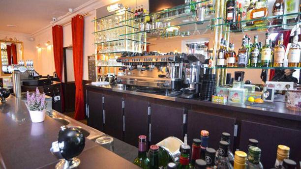 Côté Marché Versailles Zoom sur le bar