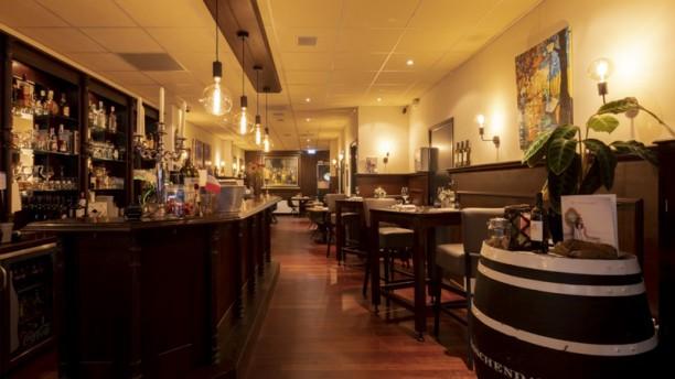 Bistro La Fourchette Restaurant