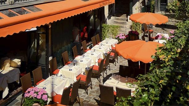 La petite cour in paris restaurant reviews menu and - La petite cuisine a paris ...