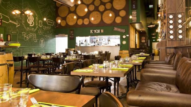 Restaurant big ben english pub a roville tremblay en for Restaurant ville lasalle
