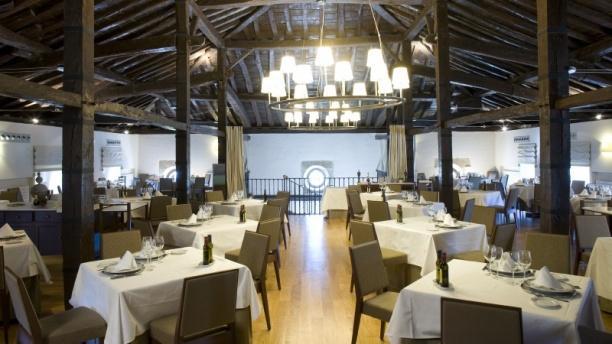 Restaurante Parador de Argomaniz Vista Sala