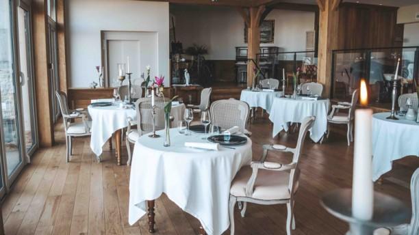 La Table des Impressionnistes Salle de restaurant
