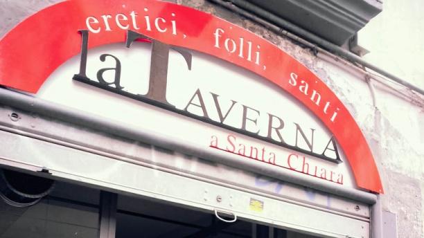 Taverna a Santa Chiara entrata