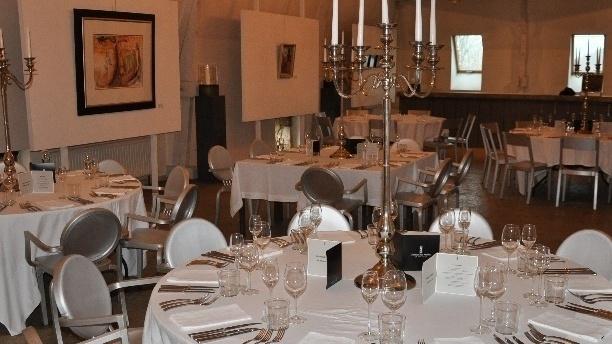 Restaurant Les Merles - Château Les Merles Vue de la salle