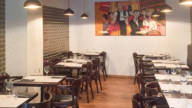 L 39 aveyronnais restaurant 6 rue de l 39 herberie 34000 for Cuisine 728 montpellier