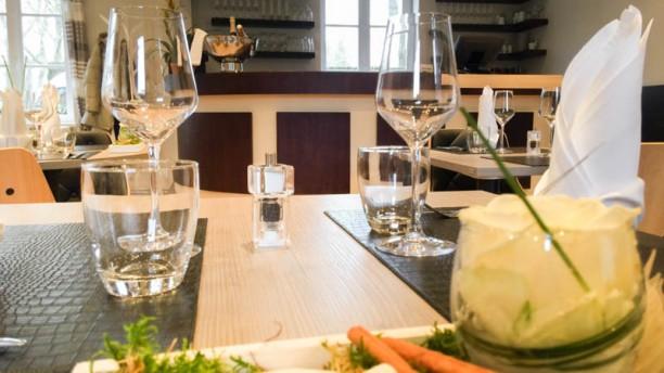 Restaurant du Bois d'Achelles détail table dressée