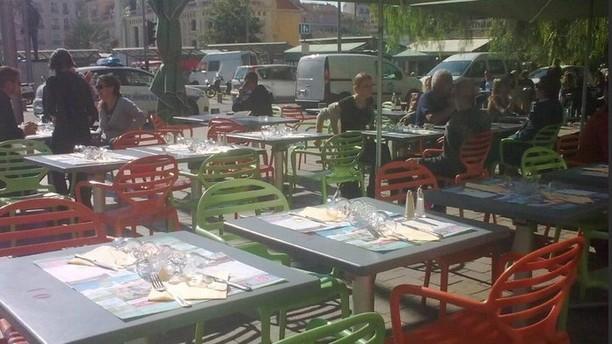 Le Homy's Terrasse