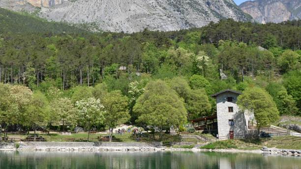 Oasi lago Bagatol Facciata