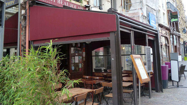 Le pot beaujolais in lille restaurant reviews menu and for Restaurant a laille