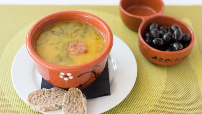 Caldo verde de batata doce | Sweet potato soup - Boteco do Largo, Lisboa
